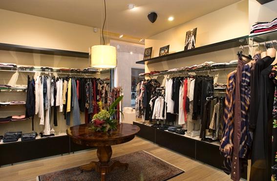 negozio-rivestimento-pareti-1
